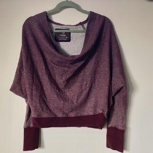 Slouchy maroon sweatshirt